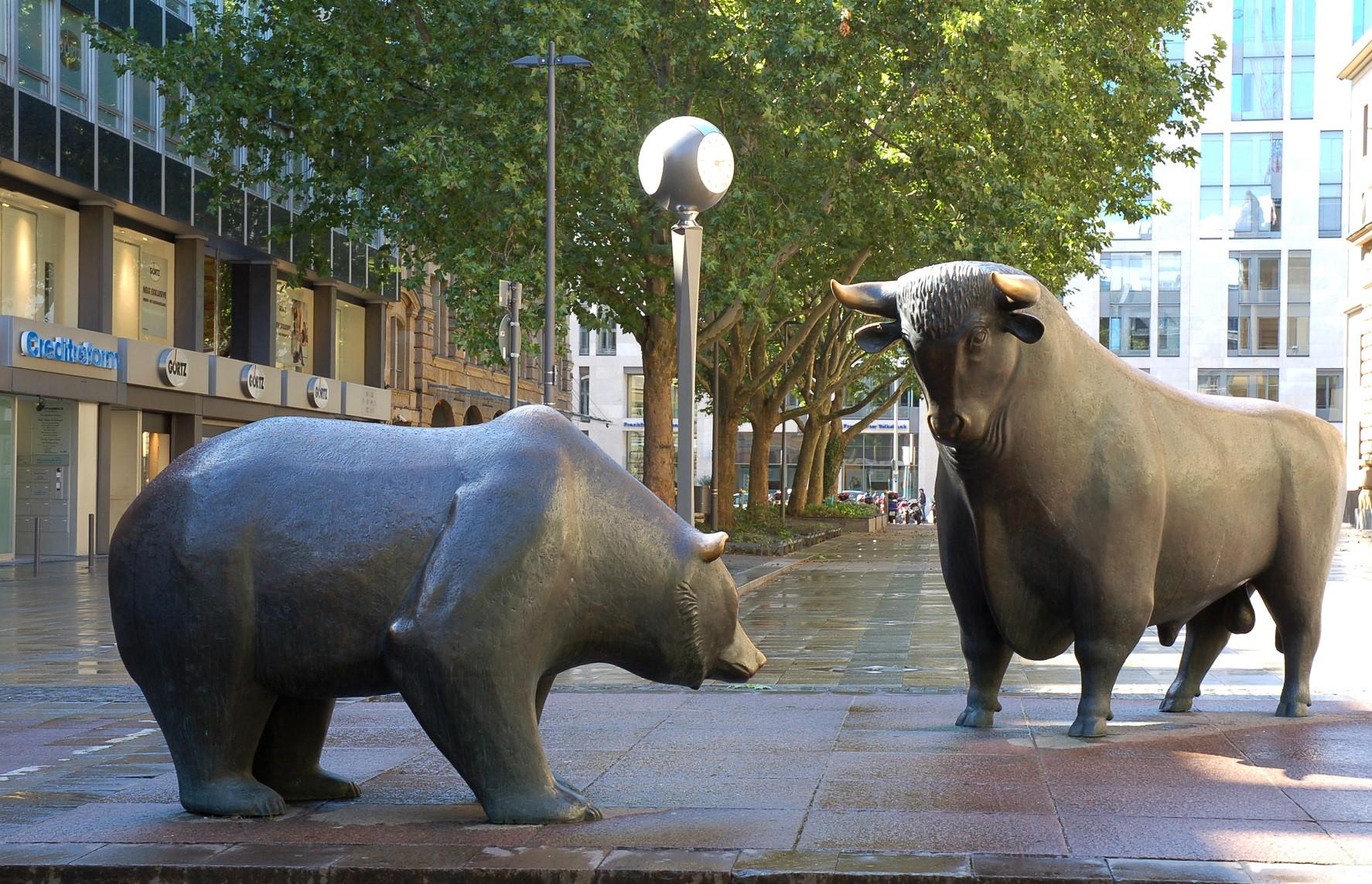 Inflödena till aktie-ETFer större än för hela 2020