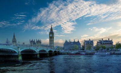 Storbritannien lider av sin värsta ekonomiska nedgång på 300 år