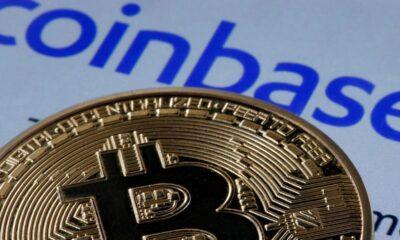 Bitcoinbörsen finns redan i flera fonder. Aktivt förvaltade ETFer kan göra detta, men de indexbaserade fonderna fortfarande väntar på att köpa aktier i Coinbase