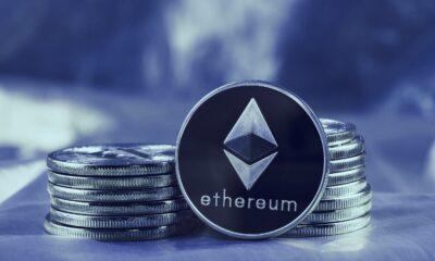 Denna text beskriver vad du behöver veta om Ethereum. Ethereum är i sitt hjärta en blockchain-plattform med enorm potential att vara värd för smarta kontrakt