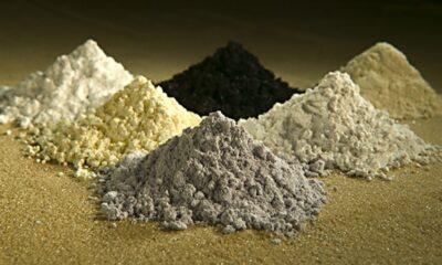 Just nu är Kina den dominerande aktören inom Rare Earth Metals , också kallat sällsynta jordartsmetaller. ETF-investerare kan satsa på denna styrka med VanEck Vectors Rare Earth/Strategic Metals ETF (REMX).