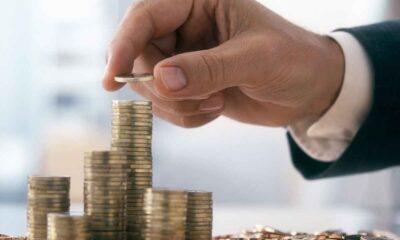 Många fondsparare vet inte att de kan flytta sina fonder för att få bättre sparvillkor. Detta gör att svenskar varje år betalar miljarder i onödiga avgifter – pengar som kunde gått till spararna istället. Flytta dina fonder till SAVR på tre minuter och optimera din vinst.