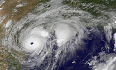 Orkanen Harvey och Irma kommer sannolikt att kosta den USAs ekonomi nästan 300 miljarder dollar, motsvarande 1,5 procent av året BNP. Siffran är ett estimat som kommer från AccuWeather Inc.