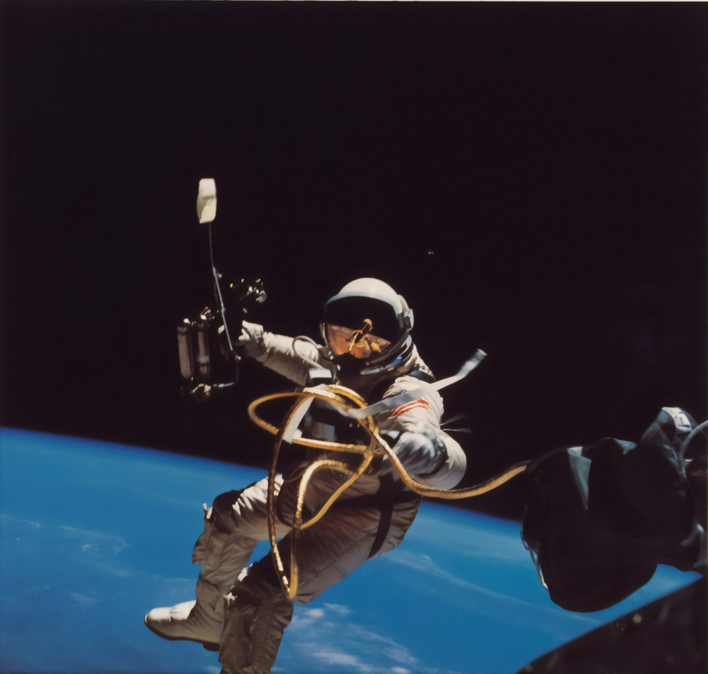 Virgin Galactic skapade historia förra söndagen genom att skjuta upp de första passagerarna, inklusive miljardärgrundaren Richard Branson, i rymden. Denna händelse markerar ett stort steg framåt för den växande rymdturismen. Det är därför rymdfonder landar vid rätt tidpunkt.