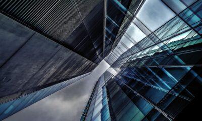 Schwab U.S. REIT ETF (SCHH ETF) spårar ett marknadsvärdevägt index för amerikanska fastighetsbolag, exklusive inteckning REIT och hybrid REIT. Schwab U.S. REIT ETF (SCHH ETF), som handlas på NYSEArca,