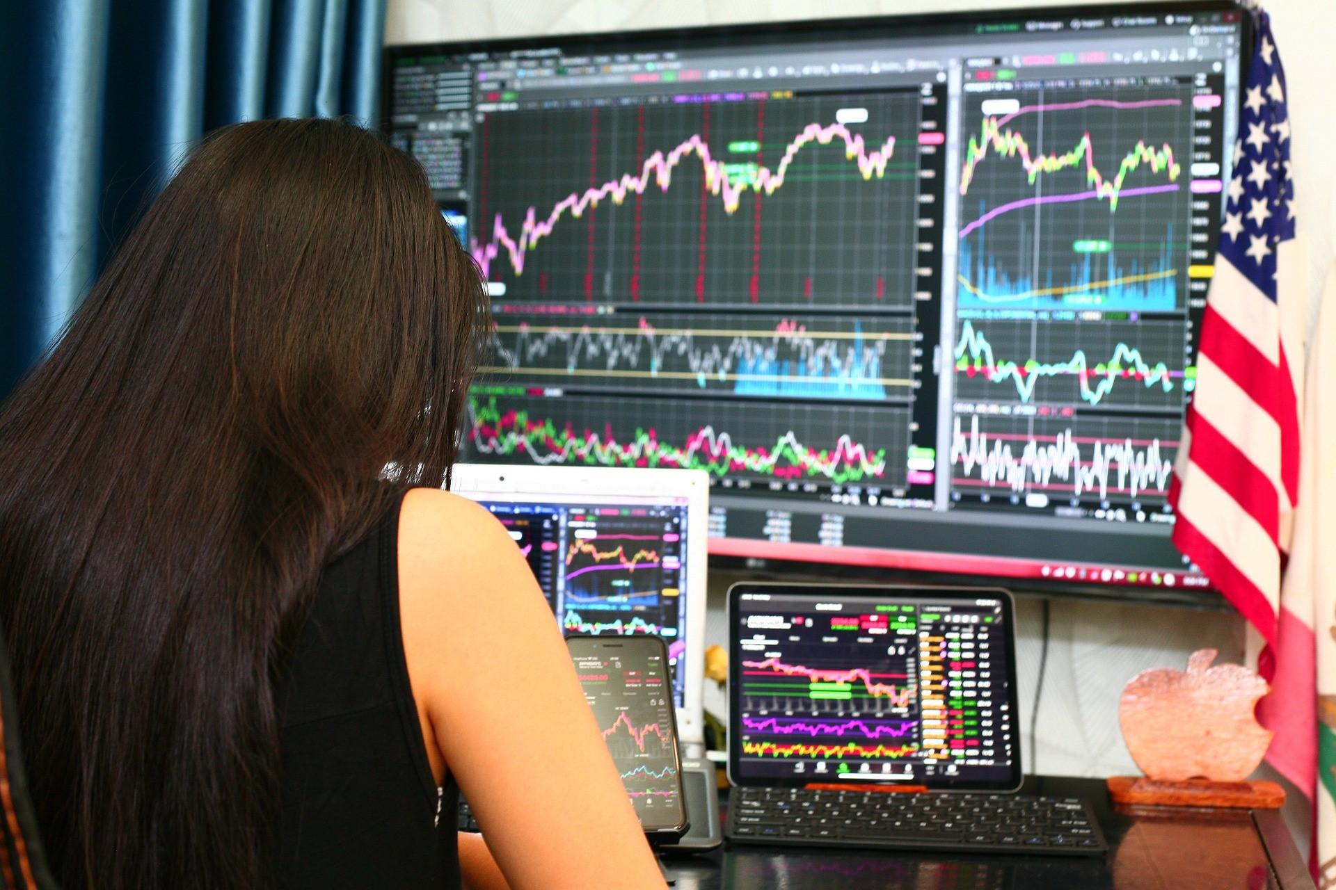 Amplify Digital & Online Trading ETF (BIDS ETF) är en portfölj av företag som är engagerade i den växande trenden med digitala tillgångar och onlineinvesteringar.