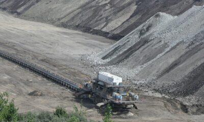 Global X Copper Miners ETF (COPX ETF) spårar ett index med marknadsvärde för globala koppargruvor. Global X Copper Miners ETF (COPX ETF), som noteras på NYSEArca, är en utdelande ETF. Denna börshandlade fond kommer med en årlig förvaltningskostnad på 0,65 procent,
